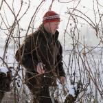 Le viticulteur Schloegel taille ses vignes/labour in vineyard